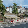 In einer Baulücke entsteht Marburgs größtes Denkmal als ein 'Garten des Gedenkens'
