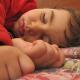 Studie zum Schlafverhalten: Schüler und Azubis schlafen zu wenig