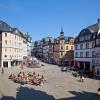 Pfingssonntag mit Pfingstsonne in der Marburger Oberstadt