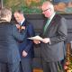 Für Sinti und Roma in Antiziganismusforschung engagiert – Professor Wilhelm Solms erhielt Bundesverdienstkreuz