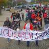 Gegen Erhöhung der Betreuungskosten in Marburg demonstriert