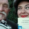 """""""Grimms Wörter"""" in der GRIMMWELT Kassel  – eine Präsentation von Günter Baby Sommer und Nora Gomringer"""