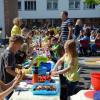 Sophie-von-Brabant-Schule: Schüler bilden bunte Europa-Tafel mit Speisen aus 40 Ländern