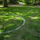 Corona nach der Bundesnotbremse in Marburg:  Markierungen in Parks vereinfachen die Einhaltung der Abstandsregeln