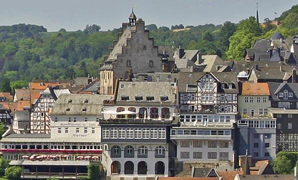 Marburgs Stadtbild ist geprägt von Baudenkmälern Sternbald-Foto Hartwig Bambey