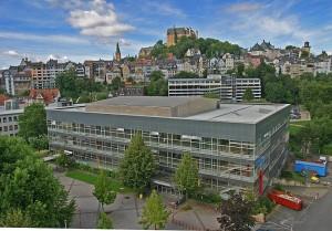 Panorama Innenstadt und Oberstadt mit Hörsaalgebäude im Vordergrund