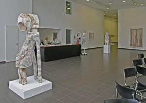 Kunsthalle mit Skulpturen