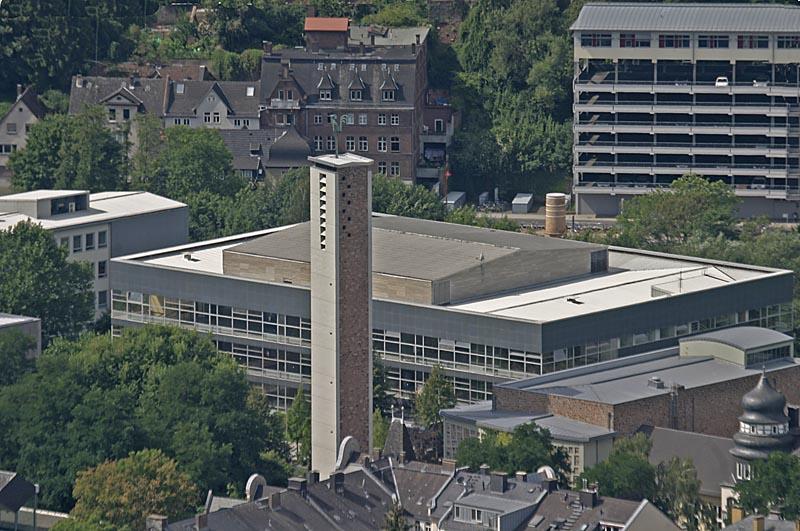 Hörsaalgebäude von oben fotografiert