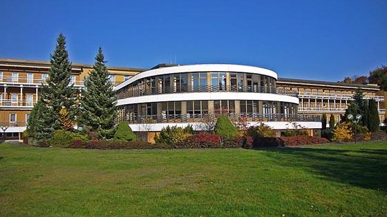 Klinik Sonnenblick von der Parkseite, es bleiben lediglich erinnerungen und Fotografien. Sternbald-Foto Hartwig Bambey