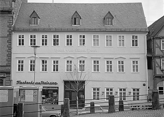 Das Marburger Online Magazin Dhl Y0615 Steinweg 35 Alte Post