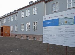 Das Marburger Online Magazin Fassade Chemicum Dbay1209