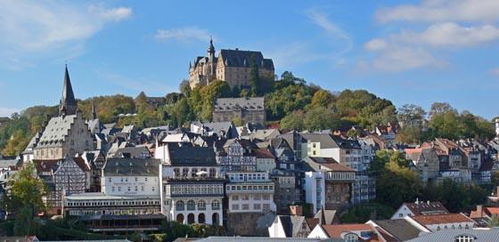 Vom-Erlenring-zur-Altstadt-mit-Schloss Foto Rainer Kieselbach