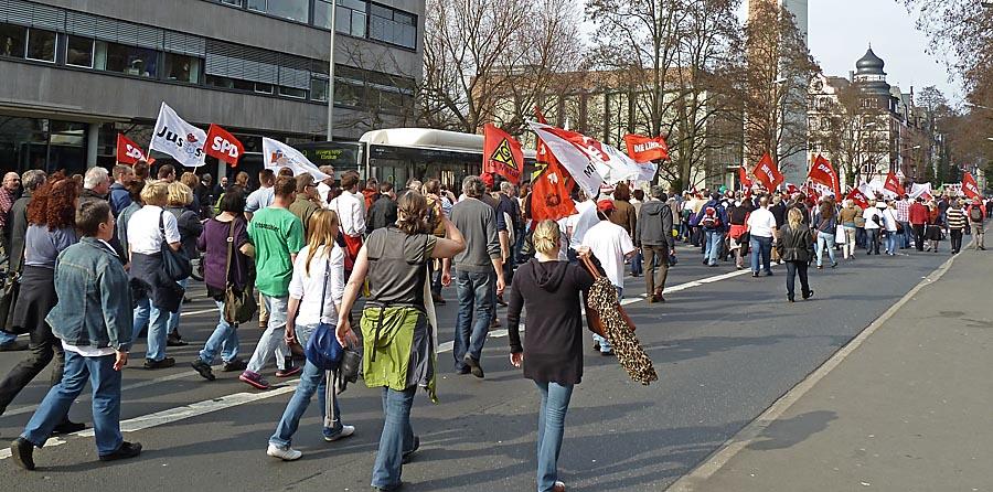 Das Marburger Online Magazin Dbaz0317 Demo Ukgm Unterwegs