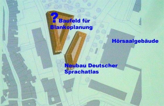 Nahe zum Hörsaalgebäude am Pilgrimstein soll auf dem jetzigen Parkplatz  ein Gebäude für den Deutschen Sprachatlas entstehen. Daneben sieht die irreführend als 'Bebauungsplan Deutscher Sprachatlas' bezeichnete Rahmenplanung ein Baufeld für einen weiteren, viel größeren Baukörper vor.