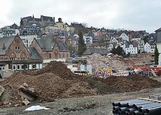 dbau0302_0059-Baustelle mit Schlossblick