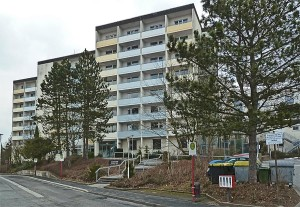 Das Altenwohnheim am Richtsberg ist in die Jahre gekommen. Sternbald-foto Hartwig Bambey