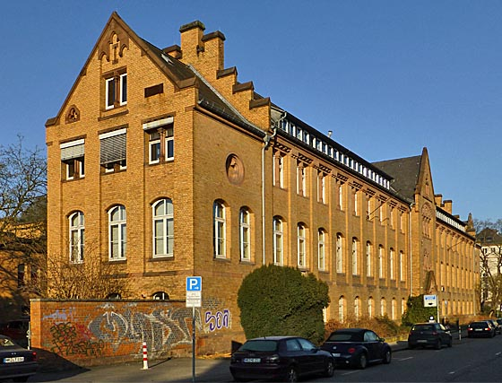 Anatomisches Institut in der Robert-Koch-Straße. Foto Hartwig Bambey