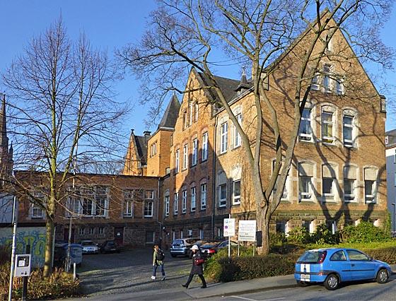 Das Pathologisch-anatomische Institut in der Robert-Kochstraße. Foto Hartwig Bambey