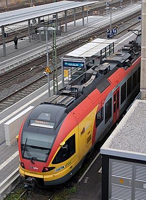 Zug HLB in Marburg
