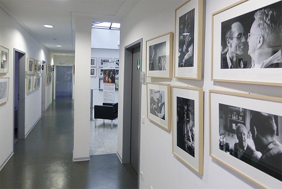 Ausstellung Alter und Liebe mit Fotografien von Wilfried Eberhardt. Sternbald-Foto Hartwig Bambey