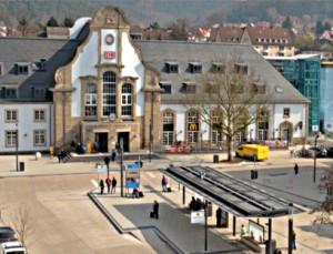 Bahnhofsvorplatz Marburg Foto Jennifer Bauer