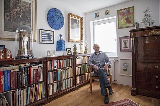 Gericht hat Ruh, der Scheibtisch ist geräumt und Hans Gottlob Rühle geniest seine Zeit im Wohnhaus umgeben von Kunst. Sternbald-Foto Hartwig